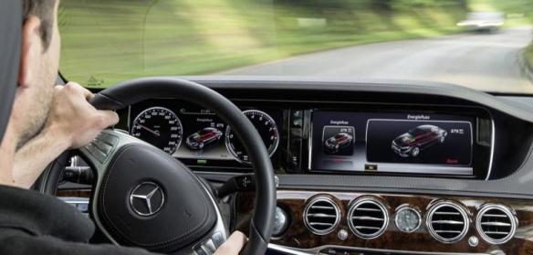Mercedes Dashboard